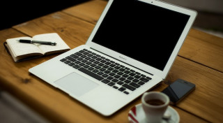 laptop-coffee