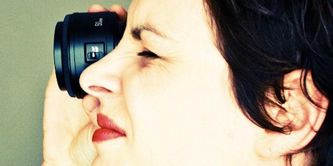 woman-spy-lens